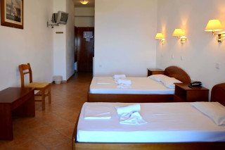 accommodation asteri hotel two single beds
