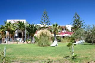 patmos-hotel-garden