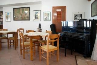 patmos-hotel-living-room-01
