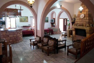 patmos-hotel-living-room-02