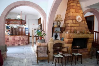 patmos-hotel-living-room-03